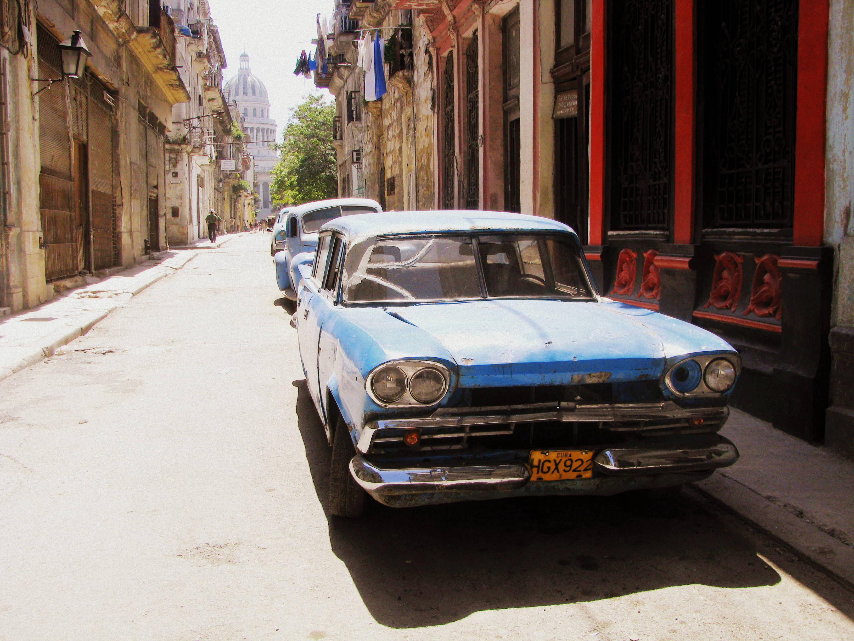 Museo de Carros Clásicos en las calles de la Habana.